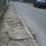 Calçadas esburacadas vêm causando acidentes