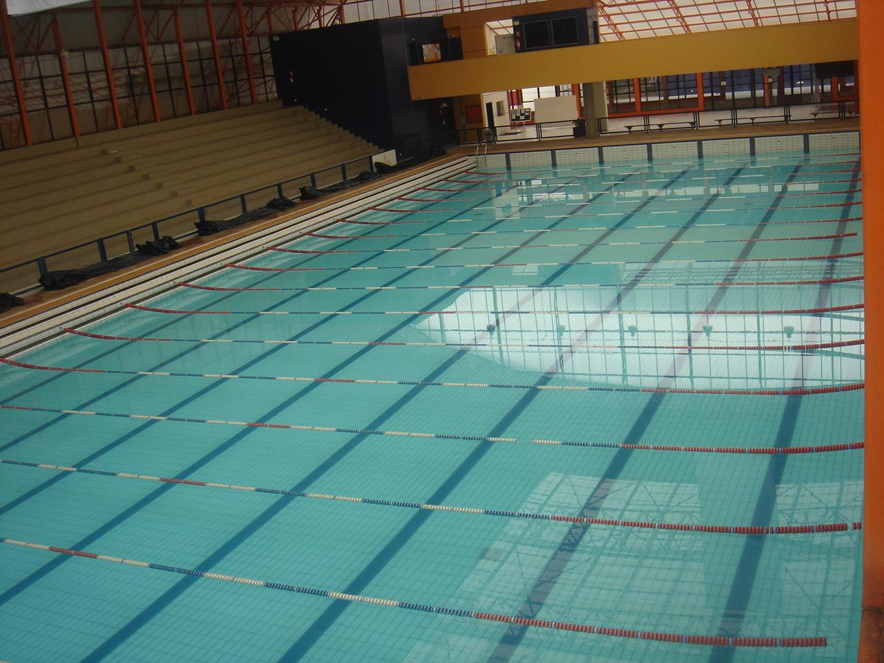 Constru o de piscina ol mpica vai gerar empregos em for Piscina olimpica medidas