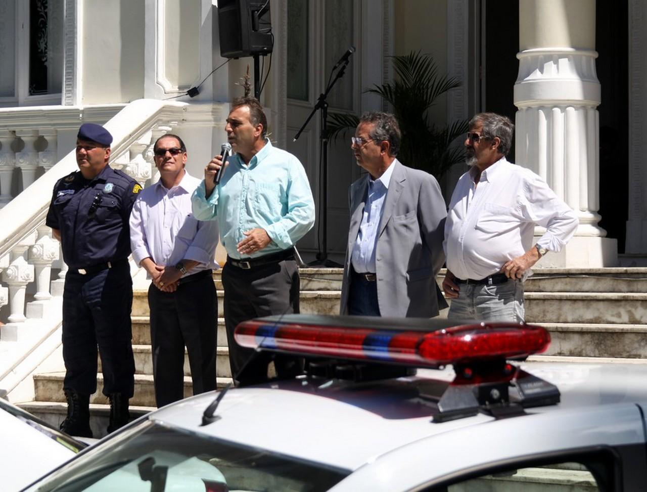 Guarda Civil recebe novas viaturas