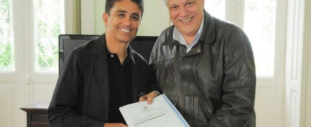Bebeto garante verba de R$ 500 mil para Petrópolis