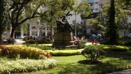 """Praça Dom Pedro recebe o bloco """"Xô Mosquito"""" nesta sexta-feira"""