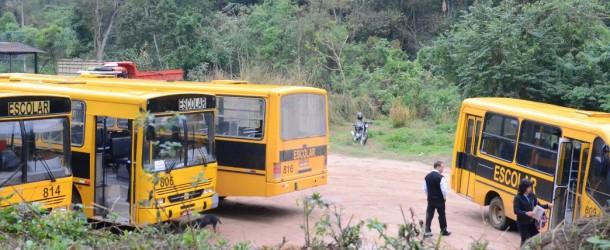 Vereador denuncia irregularidades no transporte público escolar