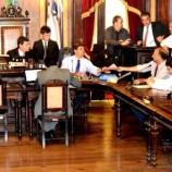 Dupla função de motoristas vai ser fiscalizada pela Câmara, que vai cobrar cumprimento de leis