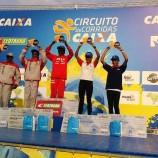 Duas atletas da Pé de Vento sobem ao pódio em Curitiba