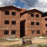 Prefeitura solicita recursos para finalizar conjunto habitacional da Posse