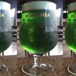 Cervejarias comemoram o Dia de São Patrício com chope verde e música