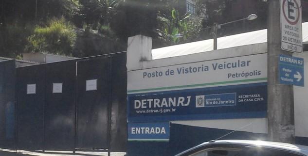 Posto de vistoria do Detran em Petrópolis continua em greve