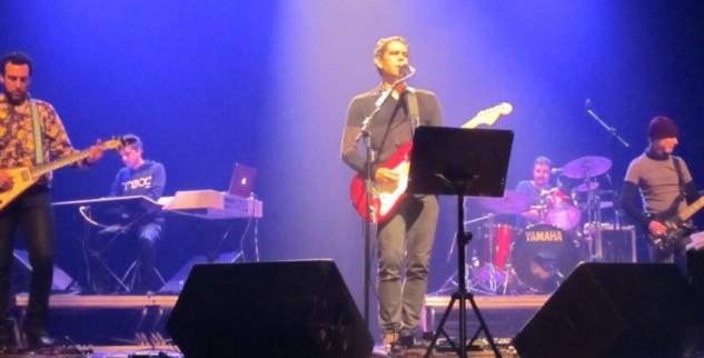 """""""Música forja, forma e transforma as pessoas logo cedo"""", diz Dado Villa-Lobos"""