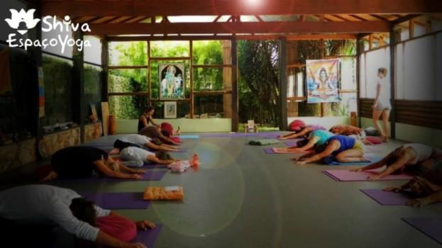 Feira de Shiva acontece neste sábado com prática de yoga, iniciação em reiki e culinária vegana e vegetariana