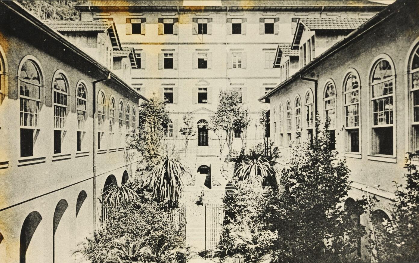 Fotografias antigas de escolas petropolitanas · AeP