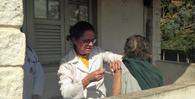 Mais de 181 mil petropolitanos já estão imunizados contra a febre amarela