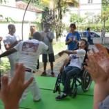 Escola Paulo Freire promove aulas de capoeira para pessoas especiais