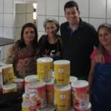 Município inicia a distribuição das mil latas de leite arrecadadas na Corrida do Trabalhador